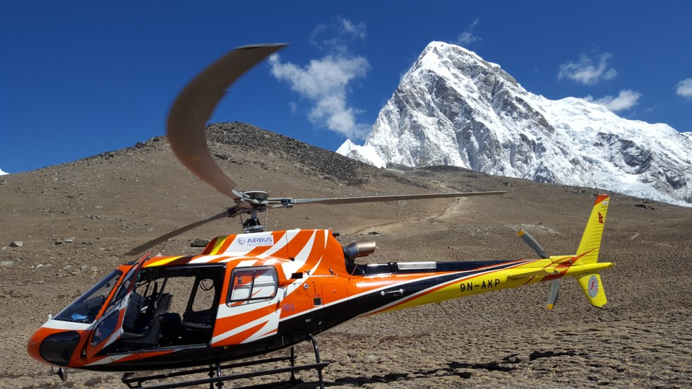 Mount Everest Heli-Tour