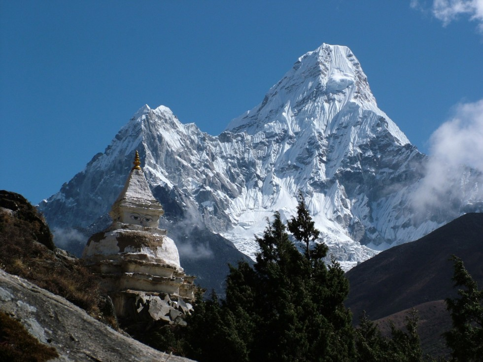 Mount Everest Trekking Options – Nepal