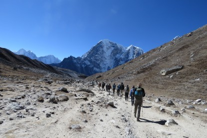 Descending from Lobuche To Thugle